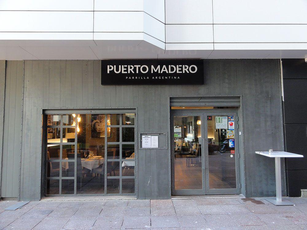 El restaurante puerto madero conf a la instalaci n del for Restaurante puerto rico madrid